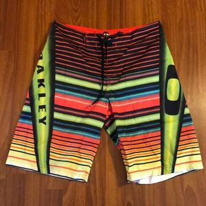 Oakley Board Shorts sz32
